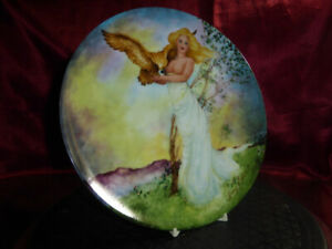 "Four Ancient Elements COLLECTOR'S PLATE ""AIR"" LtdEdt 1985 Georgia Solely KNOWLES"
