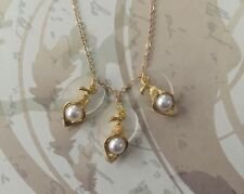 Gold Colour Flower with 'pearl' And Frosted Lucite Leaf Necklace