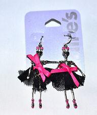Claire's Kitsch DIVERTENTE Ballet scheletro di giunti sferici mobili Tutu pendente orecchini