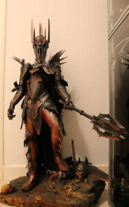 Sauron Premium Format Sideshow Collectibles- Lord Of The Rings