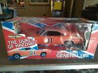 The Dukes Of Hazzard General Lee 1969 Charger Diecast 1:18 VERY RARE!! BO AUTO