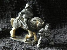 DUNGEONS & DRAGONS VINTAGE LEAD  KNIGHTS & HORSE FIGURES
