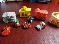 Mcdonalds 1993 Set 5 Flintstones Houses with cars