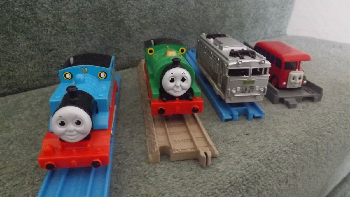 TRACKMASTER THOMAS & FRIENDS DEPOT