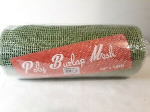 "Poly Burlap Check Mesh Craft Wreath 10"" x 10"" Lime Green Wreath, St. Patricks"
