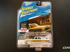 JOHNNY LIGHTNING 1/64 CLASSIC GOLD 1973 CHEVROLET CAPRICE WAGON JLCP7003 CHASE