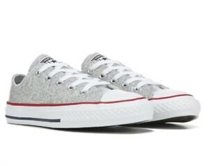 New CONVERSE Girls' Chuck Taylor All Star Low Top Sneaker Size 3 Youth glittery!