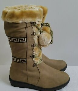 Women's Reneeze PON PON BOOTS Size 7 Zip Fur Lined Winter Camel Gold color NWOB