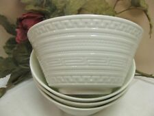 WEDGEWOOD INTAGLIO CEREAL SOUP BOWLS WHITE BONE CHINA Greek Key Set of 4 NEW