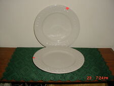 "2-PC FARBERWARE ""TRELLIS"" 10 1/4"" DINNER PLATES/B WEAVE/4562/WHITE/CLEARANCE!"