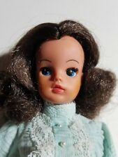 "VINTAGE 11"" BRUNETTE SINDY DOLL -  033055X PEDIGREE DOLL"