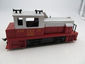 HO Scale Vintage TYCO  ATSF Diesel #241 Santa Fe Locomotive Switcher