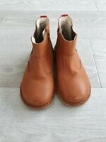 M&S Walkmates brown kids chelsea boots  size UK 10