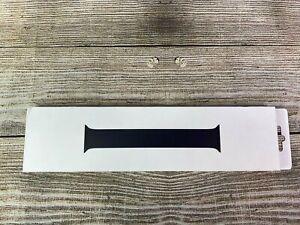 Apple OEM 44mm Black Solo Loop - Size 7 - open box