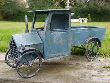 Old Fashioned Car Model (BLUE) Metal Rusted & Vintage/Shabby Chic style