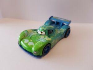 voiture CARS disney pixar  CARLA VELOSO   Diecast 1:55  7,5 cm MATTEL