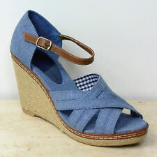 Wedge Standard (D) Striped Sandals & Beach Shoes for Women