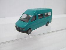 ENS64839Herpa 1:87 Mercedes MB T1N Minibus türkis sehr guter Zustand,