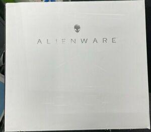 Dell Alienware 17 R5, i9 8th Gen, 32GB RAM, 1TB SSD, 1TB HDD - Great Condition