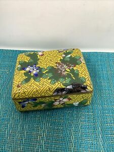 ANTIQUE CHINESE CLOISONNE Style YELLOW Painted Enamel FLORAL  BOX HINGED LID Tc4