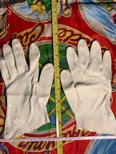 Vintage Woman's Gloves White with Embroidered Flower on Cuff