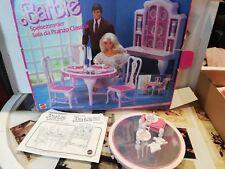 Barbie salle à manger Vintage neuf