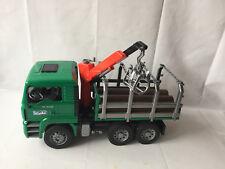 Bruder 02769 MAN TGA Holztransporter - LKW mit Ladekran + 3 Baumstämme - TOP !