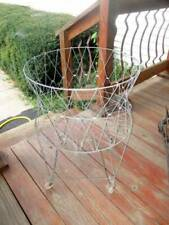 VTG ALLIED PRODUCTS COLLAPSIBLE WIRE LAUNDRY BASKET ON WHEELS VERY NICE