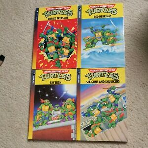 Job Lot Of 4 Vintage Yearling Teenage Mutant Hero Turtles Books