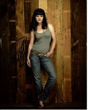 PAULEY PERRETTE signed autographed photo