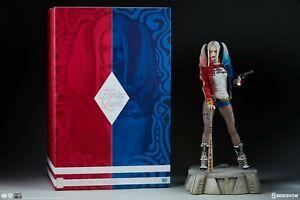 Sideshow EXCLUSIVE Harley Quinn Suicide Squad Premium Format Figure Statue MIB!!