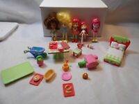 Strawberry Shortcake Mini Doll Figure Lot DOLL &  PLAYSET lot