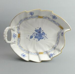 HEREND PORCELAIN BLUE CHINESE BOUQUET LEAF DISH