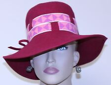 vintage 1960 WOMEN's floppy HAT MISS EILEEN deep WINE RED wool GEOMETRIC bands