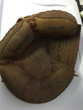 Spalding Larry Yogi Berra Catchers Mitt Glove 42-7891