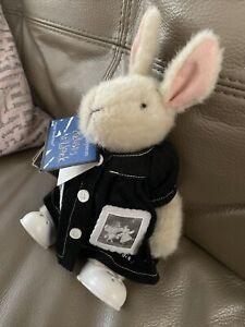 Hoppy Vanderhare Great Masterpieces Plush Rabbit - Artists At Work