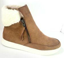 Women's Winter Warm Walking Boots Tan Faux Suede & Fleece Lined Size 8 Side Zip