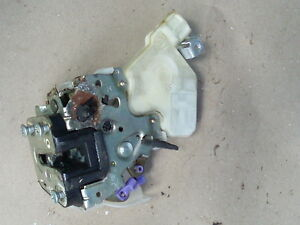 2000 - 2006  NISSAN SENTRA RIGHT REAR PASS. SIDE DOOR LOCK LATCH ACTUATOR OEM