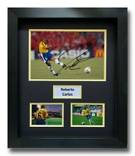 ROBERTO CARLOS HAND SIGNED FRAMED PHOTO DISPLAY - BRAZIL FOOTBALL AUTOGRAPH.