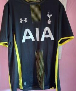 Football Gear Tottenham hot spurs. Large Top Medium shorts