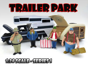 """TRAILER PARK"" FIGURE SET OF 4PC FOR 1:24 SCALE DIECAST MODELS AMERICAN DIORAMA"