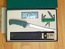 Vintage Shrade Ducks Unlimited 2-Knife Set, Super Nice!