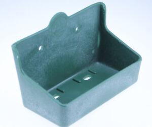 Futtertrog Mineralsteinhalter  Lecksteinhalter für 2 kg Lecksteine Pferdetrog