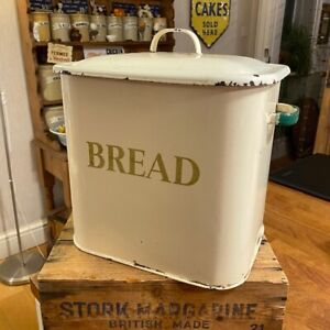 Vintage Traditional Cream & Green Enamel Bread Bin – Kitchenalia
