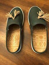 Pair of Spenco Mules Slip On Canvas Size 7W Dk Green Tassel Tan Balance Man Made