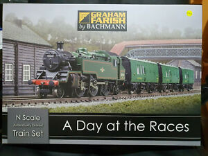 Graham Farish 370-185 A Day At The Races Train Set BNIB