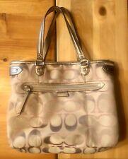 Authentic! COACH DAISY OUTLINE SIGNATURE EMMA TOTE! Handbag Khaki/beige Pink EUC