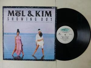 "Mel & Kim Showing Out 2 Track 12"" Vinyl Single Alternative Sleeve SUPET 107 SAW"