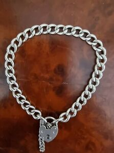 BEAUTIFUL STERLING SILVER CURB LINK BRACELET with PADLOCK - HALLMARKED 1974