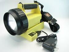 Streamlight Vulcan Rechargeable Flashlight, Charger & Strap New Battery & Bulb